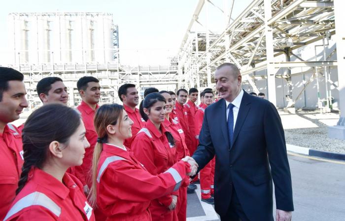 Prezident Sumqayıtda zavod açılışında iştirak edib - FOTOLAR