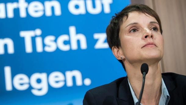 Frühere AfD-Chefin Petry steht wegen Meineid vor Gericht