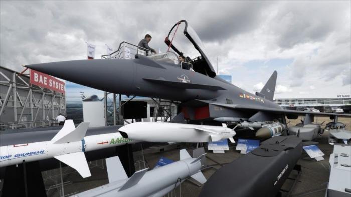 Hunt advierte a Alemania contra el cese de venta de armas a Riad