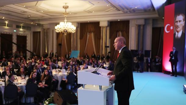 Erdogan dice que Turquía no podrá afrontar por sí sola una nueva ola de migrantes