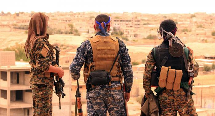 Las FDS entregan a Irak a más de 150 terroristas de ISIS