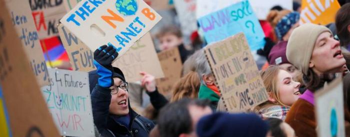 Demonstrierenden Schülern drohen Fehlstunden im Zeugnis