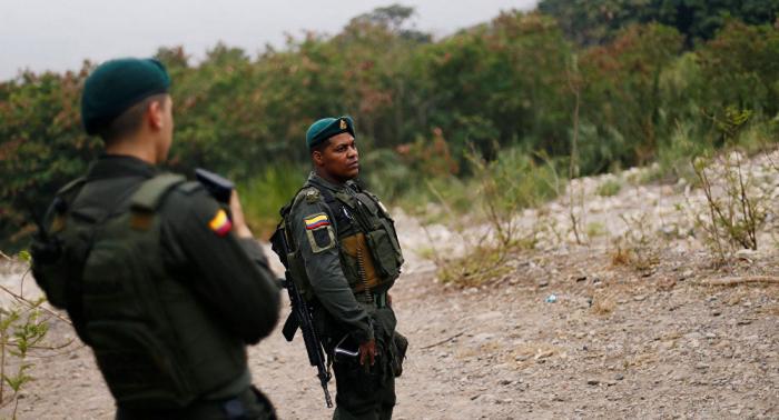 Oposición venezolana informa de un herido grave por ataque a caravana que va hacia Colombia