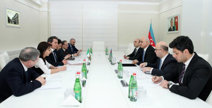 Aserbaidschan, Italien bereiten ein neues Abkommen zur Förderung gegenseitiger Investitionen vor