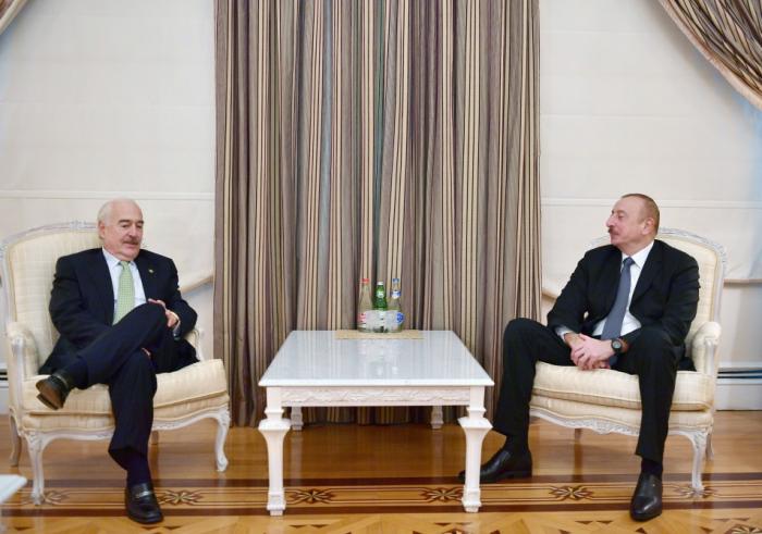 Azerbaijan president receivesAndres Pastrana