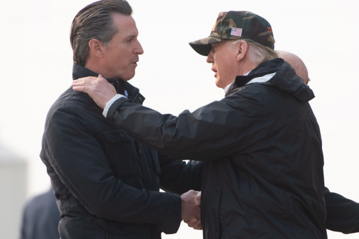 Le gouverneur de Californie va retirer les militaires de la frontière mexicaine