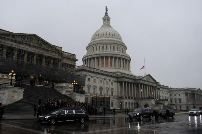 Etats-Unis:   1er vote possible au Congrès pour éviter un «shutdown»