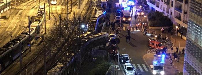France:  une collision entre deux tramways fait douze blessés