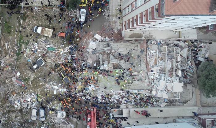 Istanbul:   18 morts   dans l