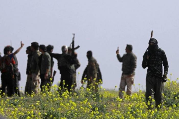 Syrie : les FDS remettent 150 jihadistes aux autorités irakiennes