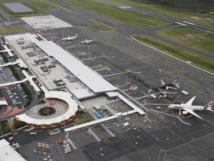 Avstraliyada hava limanı təxliyə edildi -