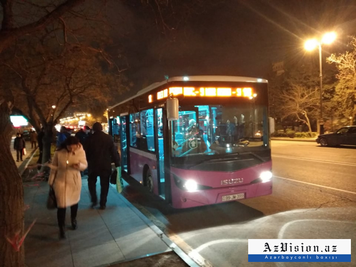 Sərnişin avtobusu qəzaya səbəb oldu - FOTO
