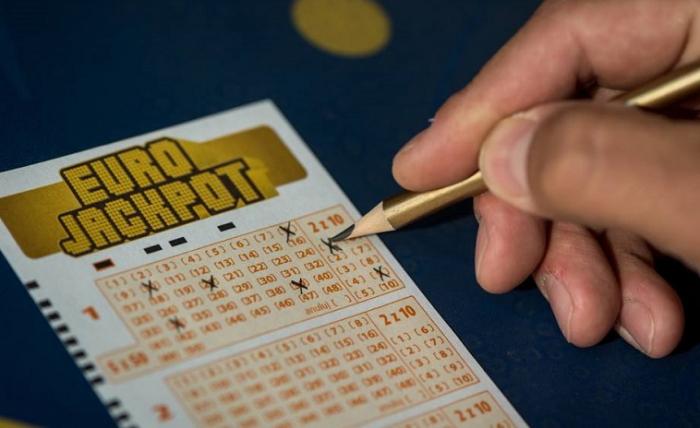 Almaniya sakini lotereyada 63,2 milyon avro udub