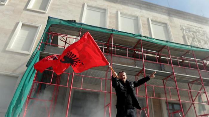 Protest in Tirana eskaliert