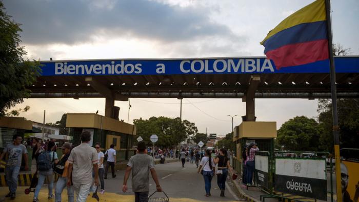 ¿Qué piensan los ciudadanos venezolanos que viven en la frontera con Colombia?