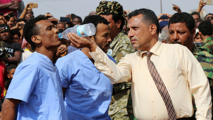 Fusilan en público a dos hombres que violaron y mataron a un niño en Yemen