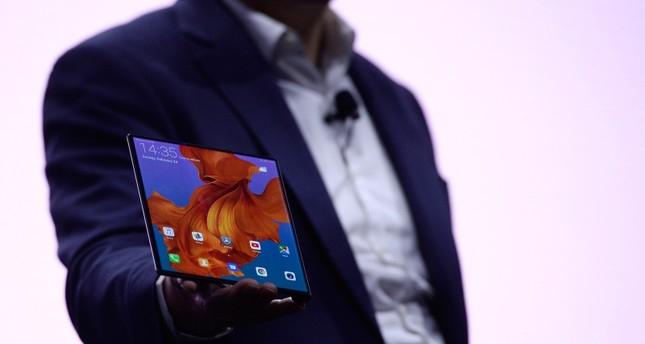 Huawei unveils foldable 5G smartphone Mate X