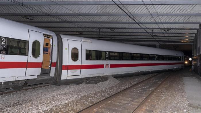 Deutscher ICE in Basel entgleist