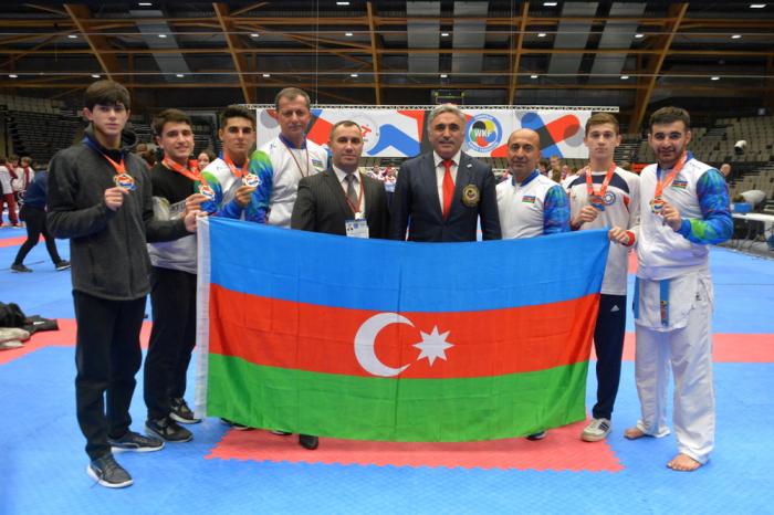 Karateçilərimiz 4 qızıl və 1 bürünc medal qazandı