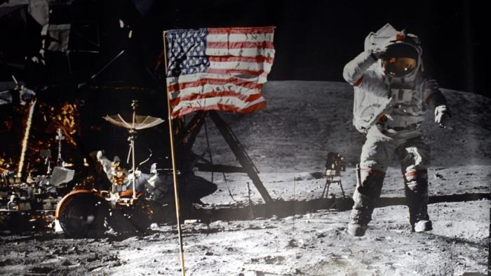 """La Nasa veut remarcher sur la Lune """"le plus vite possible"""" et """"y rester"""""""