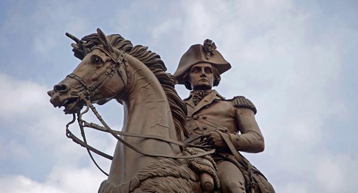 """""""رجل البلاد""""... الأسطورة التي تحتفل بها أمريكا"""