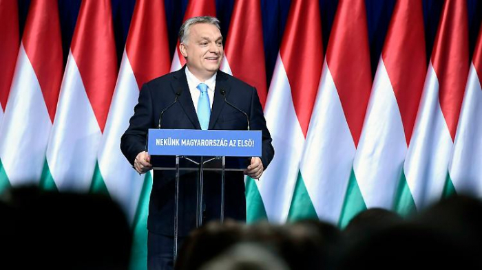 Orban verteidigt Angriff auf Juncker und Soros