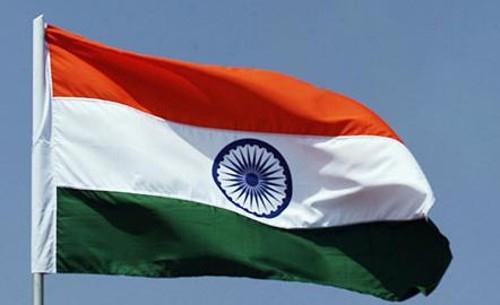 La India:   Un ataque con granada cerca de un teatro deja al menos 10 heridos