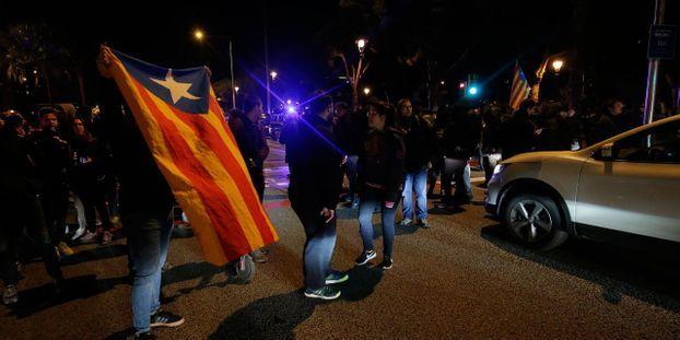 Catalogne: des routes coupées par des indépendantistes