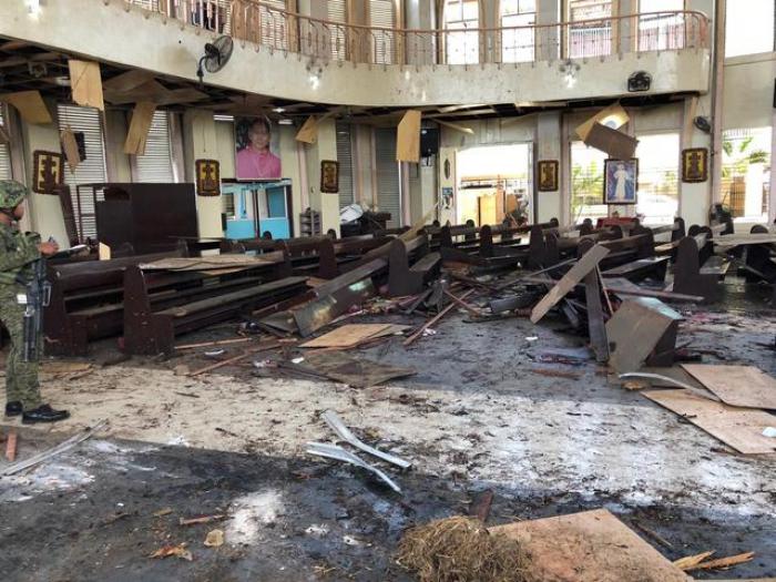 Five Abu Sayyaf members surrender over Philippine church bombing