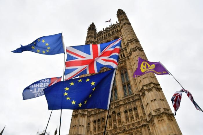 Brexit : le gouvernement britannique veut plus de temps pour renégocier