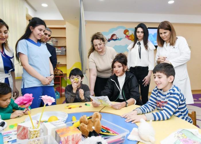 First VP Mehriban Aliyeva visits Children