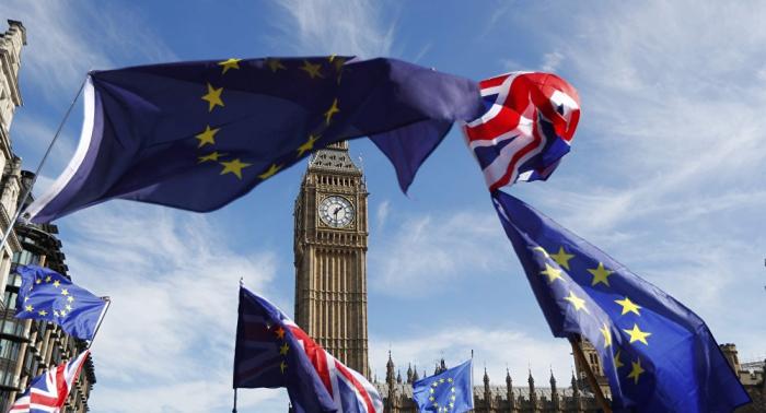 El negociador de la UE afirma que aún se puede mantener el acuerdo del Brexit