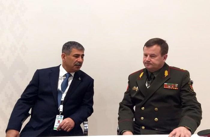 Azərbaycan və Belarus müdafiə nazirləri görüşüb