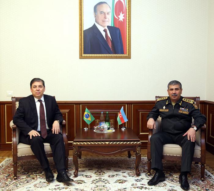 Zakir Hassanov rencontre lenouvel ambassadeur du Brésil en Azerbaïdjan