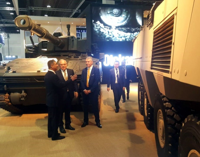 Azerbaijani defense minister joins IDEX-2019 International Defense Exhibition and Conference in UEA