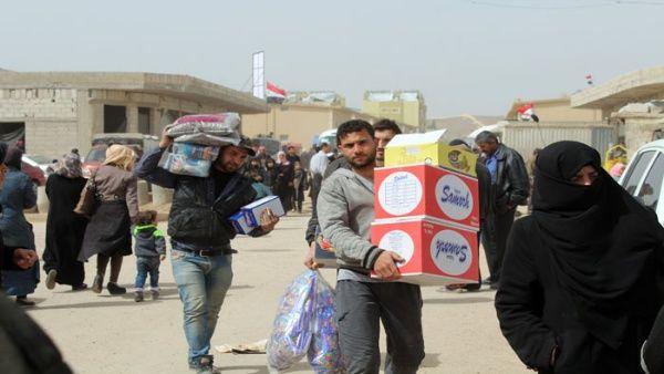 Nuevo grupo de desplazados sirios retorna desde Jordania