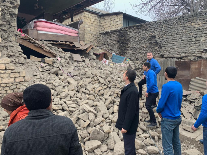 Azerbaijani public association reps meet residents of earthquake-affected regions