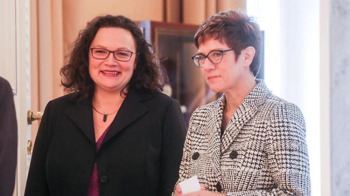 Trümmerfrauen und Kanzlerkandidatinnen