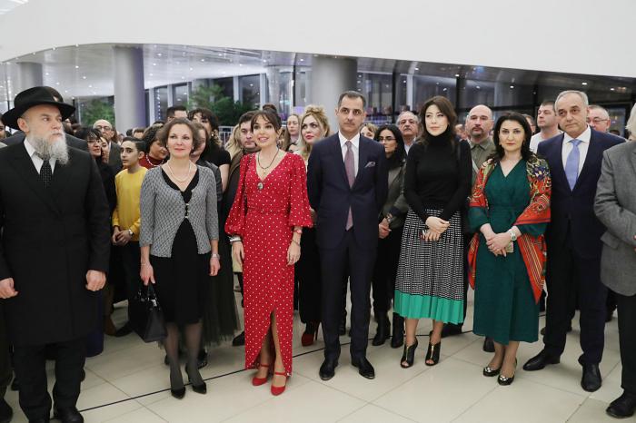 Heydar Aliyev Foundation VP attends exhibition of Russian avant-garde artists in Baku