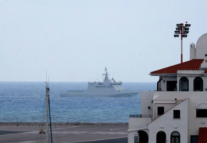 Londres protesta finalmente por el incidente del buque de la Armada española 'Tornado'