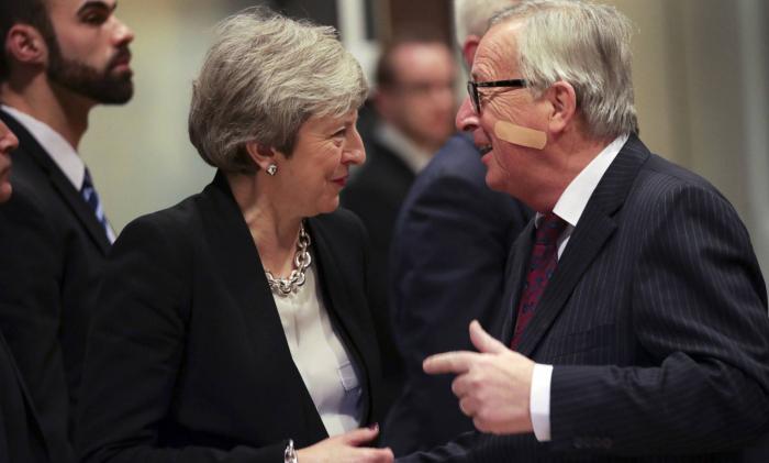 Londres y Bruselas acercan posiciones para salvar el acuerdo del Brexit