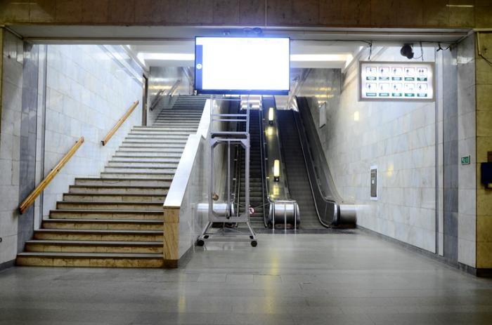 """""""Həzi Aslanov"""" stansiyasında eskalator təmirə dayandırılıb"""