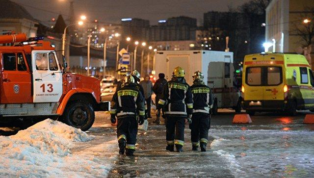 At least 2 dead, 4 hurt as Moscow residential bulding engulfed in flames