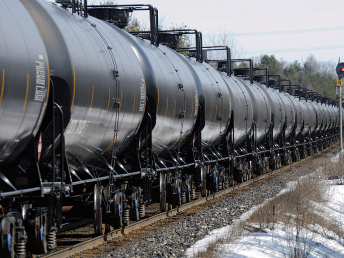 Train carrying oil derails near western Manitoba village