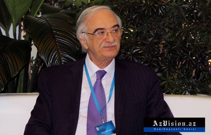 Polad Bülbüloğlu 74 yaşına çatdı... - FOTOLAR