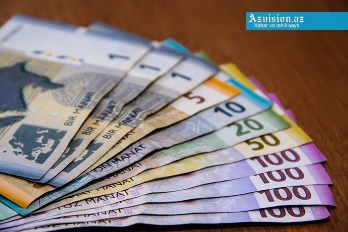 Paytaxtda orta aylıq maaş 782 manatdır