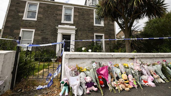 Reino Unido  : Declaran culpable a un adolescente de secuestrar, violar y asesinar a una niña de 6 años