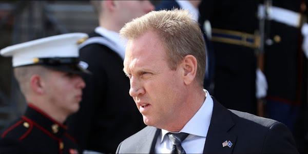 Irak:  visite du chef du Pentagone par intérim