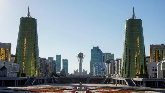 Kazajistán cambiará el nombre de su capital Astaná a Nursultán en honor al expresidente