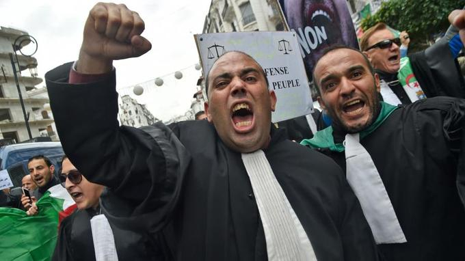 Algérie: plusieurs centaines d